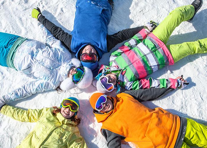 ados ski vacances hiver