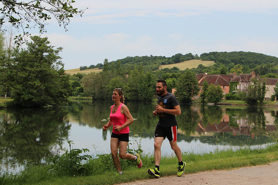 Footing au bord de l'Yonne